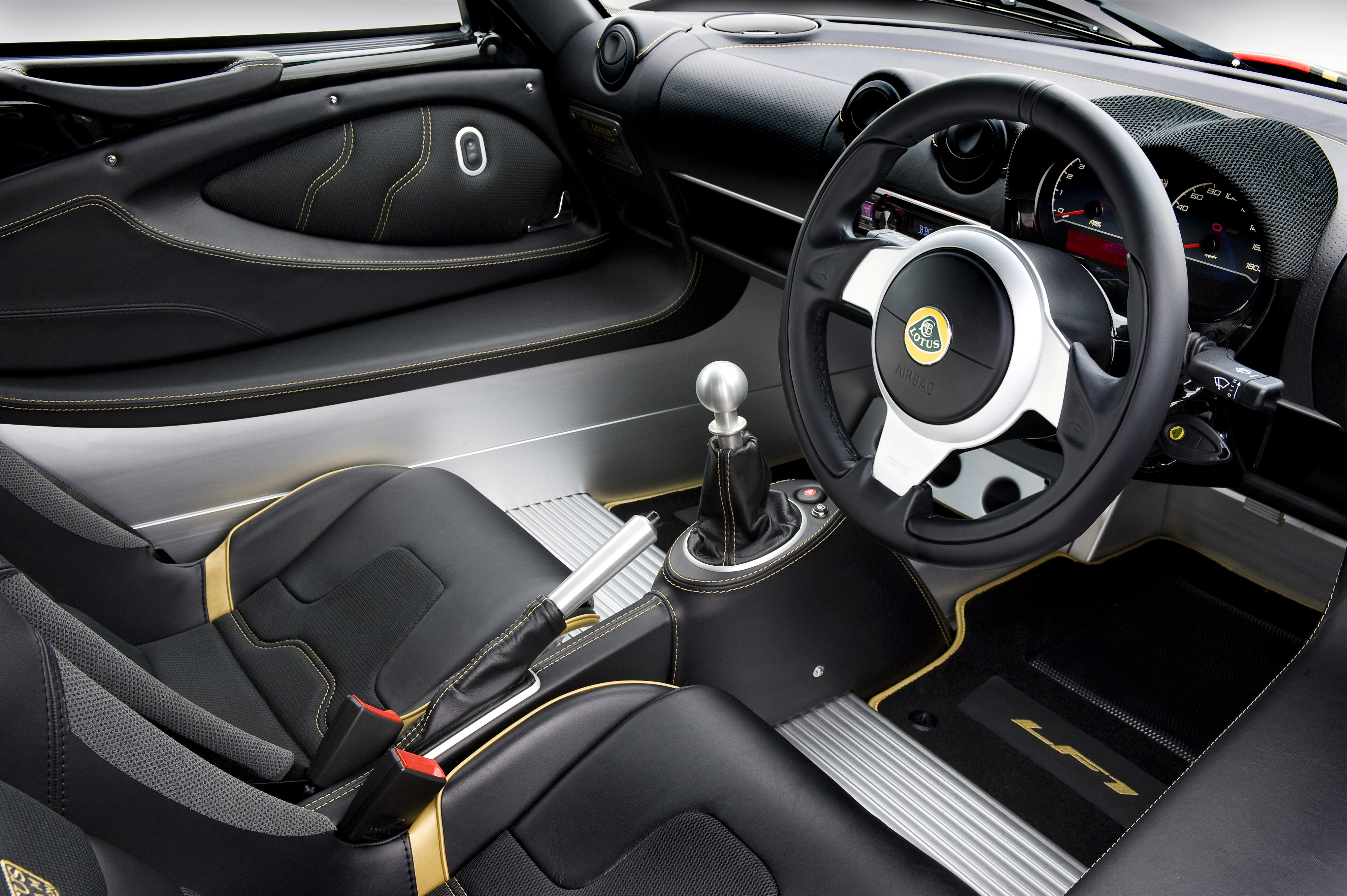 lotus celebrates formula 1 provenance with limited edition exige lf1 proactive magazine. Black Bedroom Furniture Sets. Home Design Ideas